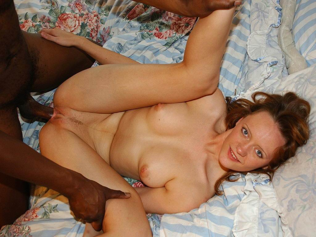 Fucking this white slut pussy and head game is very good 1
